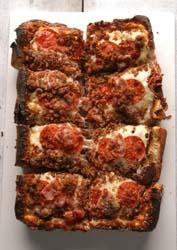 fullMetal2 detroit style pizza square pizza