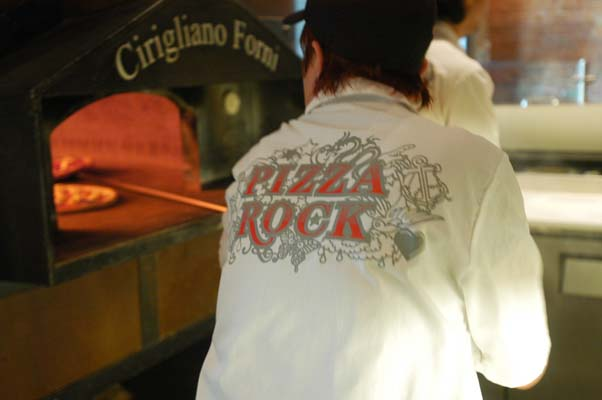 Pizza Rock, logo, oven