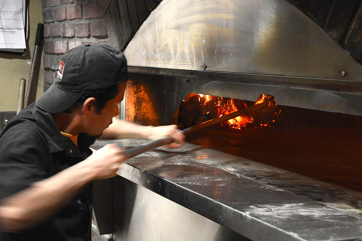 Coals, artisan pizza, Louisville, ky, wood stone, oven, coal-burning, coal fired, anthracite, pizzaiolo, pizza maker