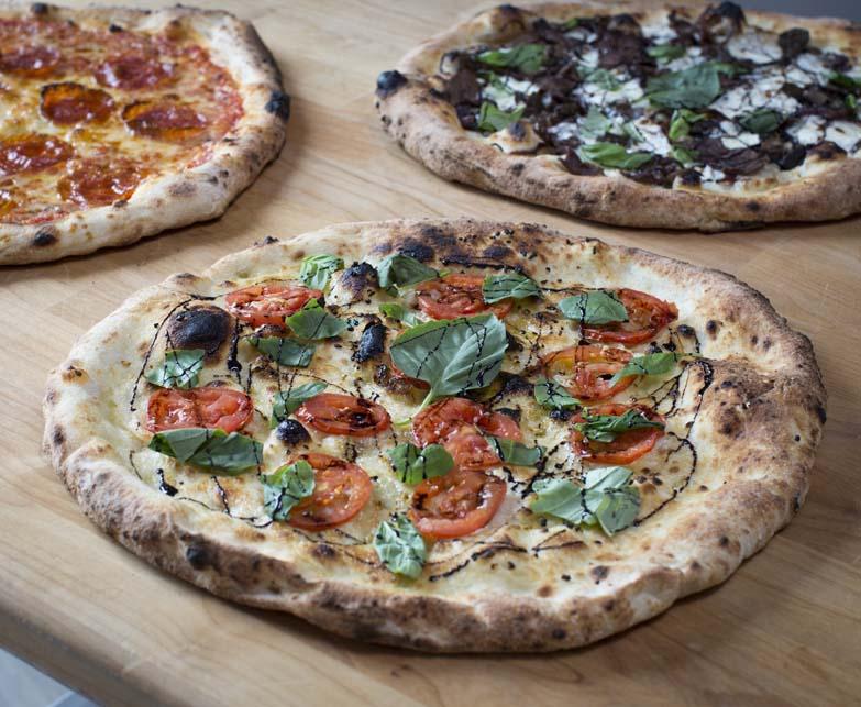 noli's pizzeria, omaha, nebraska, pizza