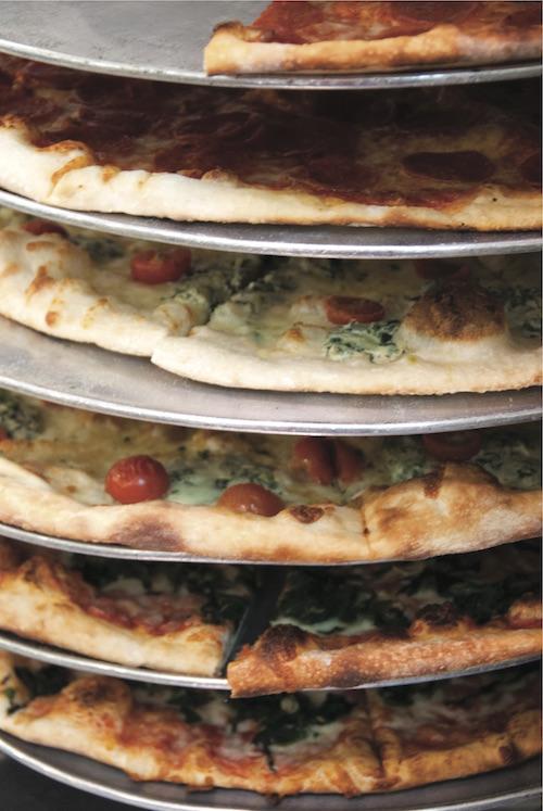 pizzas in rack, slice rack