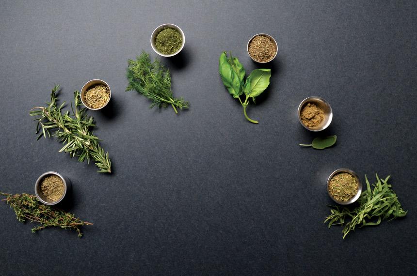 dried herbs, fresh herbs